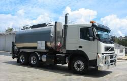 Volvo 12,000L Bitumen Sprayer
