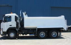 Volvo Tipper with Automated Spreader Box